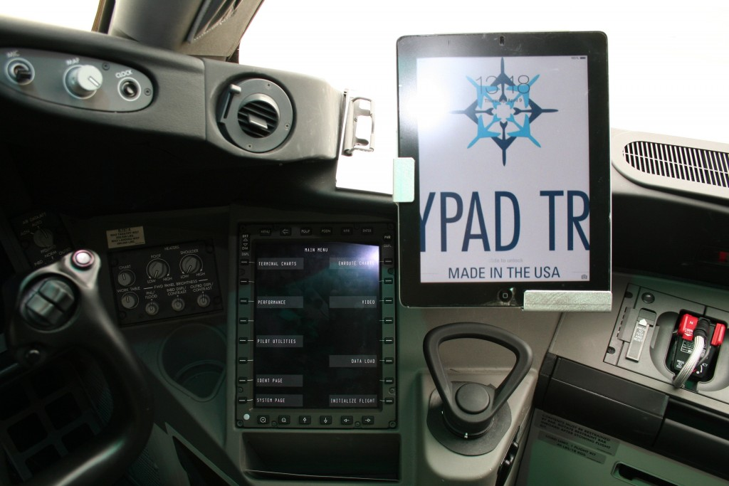 The FPT 787 affords full access and use of both a tablet and the Class 3 EFBs in concert with each other.